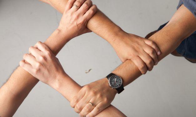 Otra humanidad: el capital social en acción