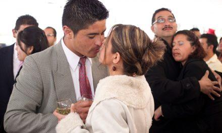 En México hay cada vez menos matrimonios y más divorcios: Inegi