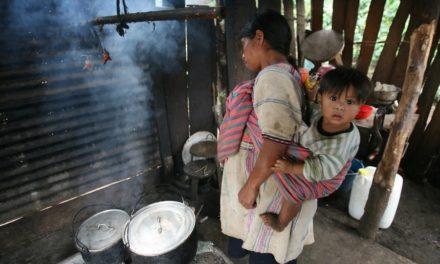 La discriminación y la pobreza (las personas indígenas)