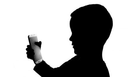Los niños no deberían ser sedentarios ni exponerse a pantallas: OMS