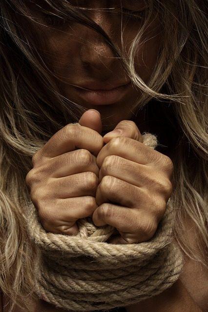 Derechos de las mujeres son negados «para preservar valores familiares»