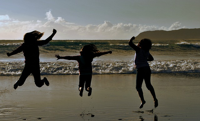 Política familiar es indispensable para el desarrollo cerebral de los niños: UNICEF