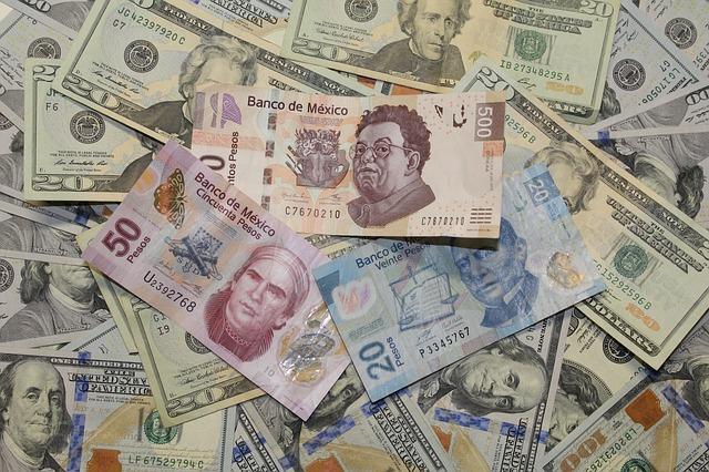 Banco de México prevé recesión por mayor desaceleración económica