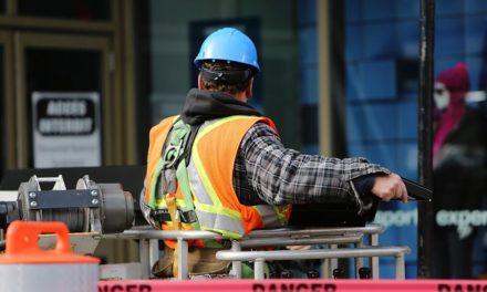 Creación de empleos bajó de 661 mil a 342 mil en un año
